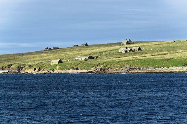 Typische Landschaft der Orkneys