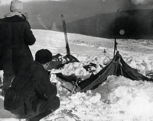 Djatlow-Pass-Lager, Opfer von Wildmenschen?