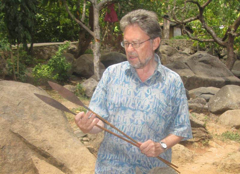 Prof Gregory Forth, Fachmann für Menschenaffen